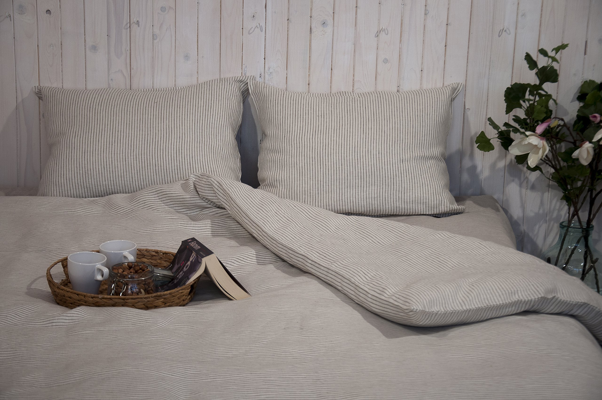 Duvet Cover / Natural, Non-toxic / Twin, Full, Double, Queen, King or Custom Size / Non-toxic Natural Bedding / Custom Sizes, Shapes, Fabrics Available by Home Of Wool