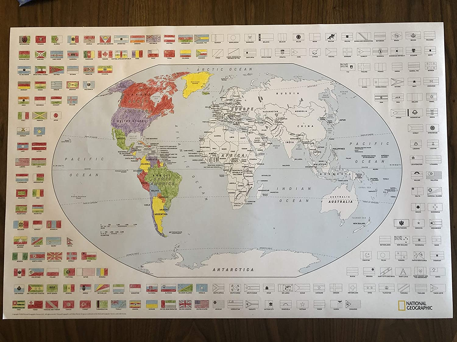 24 x 36 inches Rolled Poster NATIONAL GEOGRAPHIC World Coloring Map /& Flags