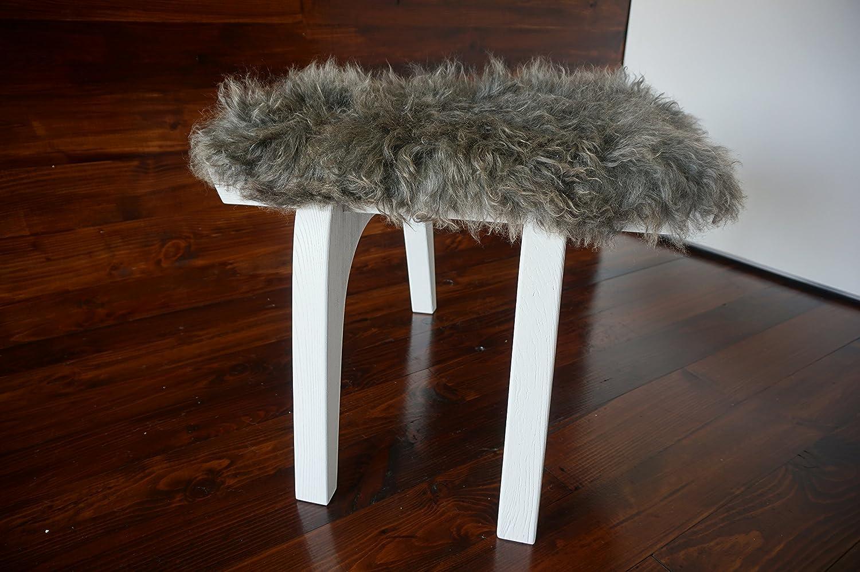 Minimalistisch Weiß Eichenholz Hocker / Stuhl mit echtem geschweiften Silber Norwegisch Pelssau Schaffell - Designermöbel von MILABERT (S051603)