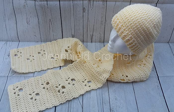 Amazoncom Hand Crochet Meandering Paw Prints Scarf Handmade