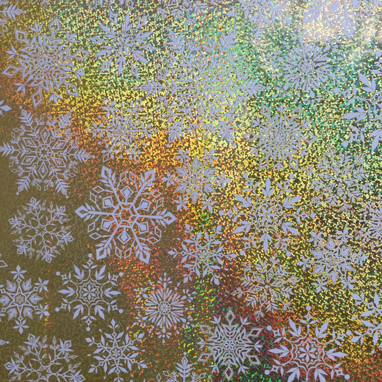 XB619C Glittering Snowflakes, 24 inch Wide X 208 feet 1/4 Ream