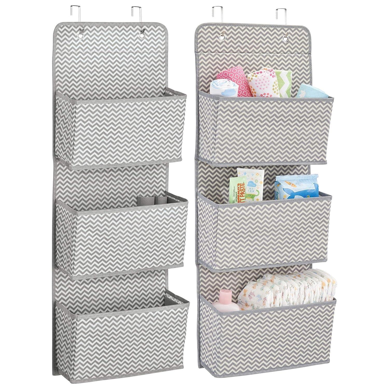 mDesign Juego de dos organizador cajones colgante – Sistema de almacenamiento con 3 compartimentos para pañales, toallas, etc. – Ideal como organizador de juguetes - Gris/crema MetroDecor 7836MDB
