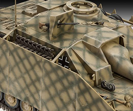 Amazon.com: Sd.kfz. 167 Stug Iv Revell: Scale 1:35: Toys & Games
