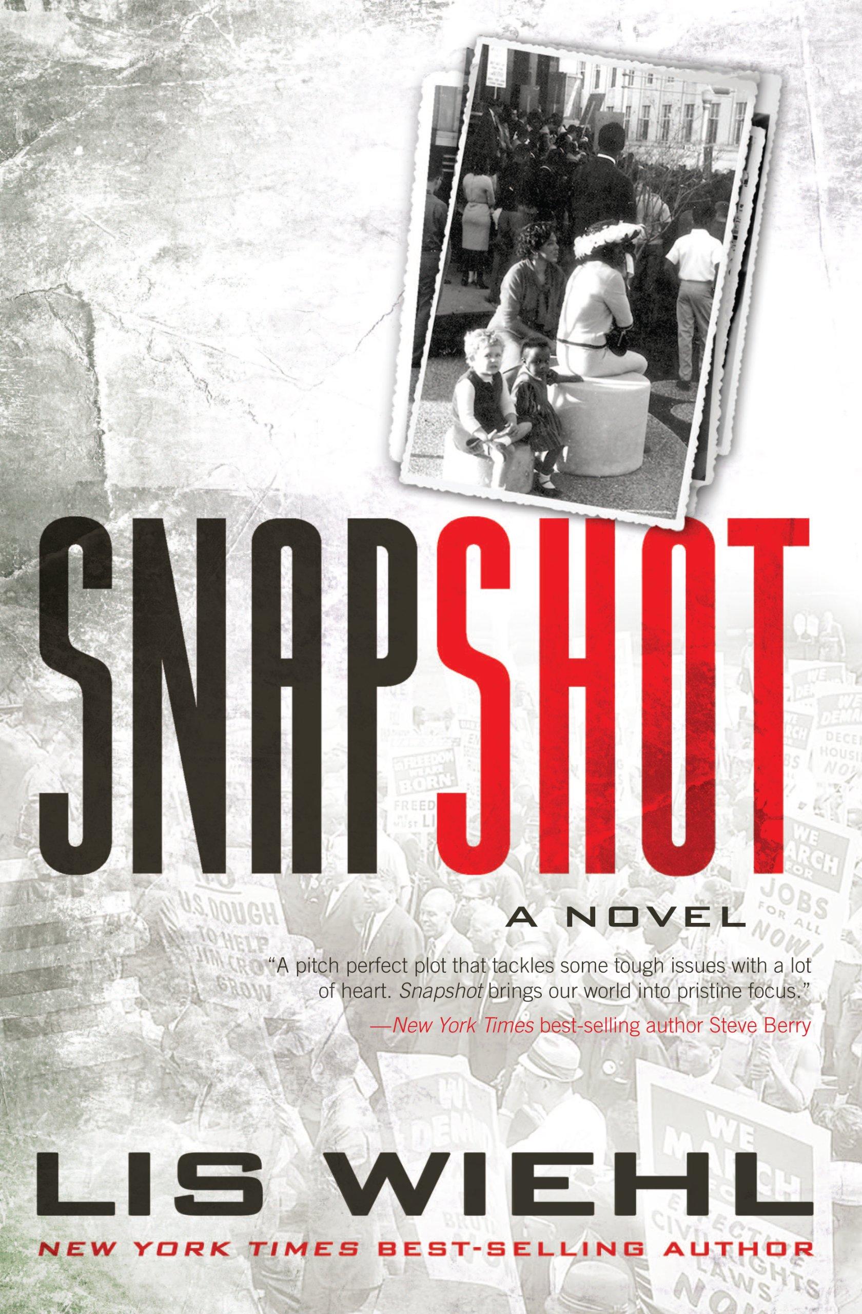Snapshot (Thorndike Press Large Print Christian Fiction) PDF