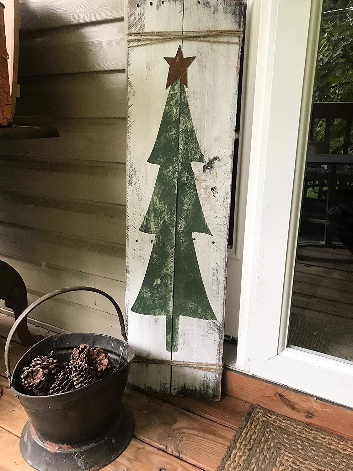 Pallet Wood Christmas Tree.Amazon Com Rustic Christmas Tree Reclaimed Wood Pallet