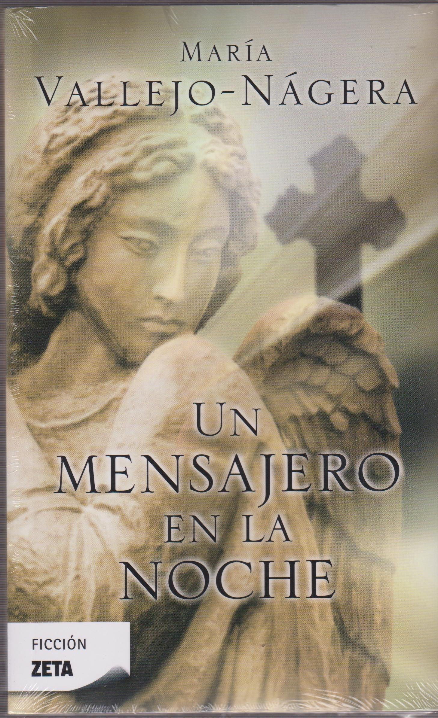 UN MENSAJERO EN LA NOCHE (Spanish Edition) by Brand: Ediciones B