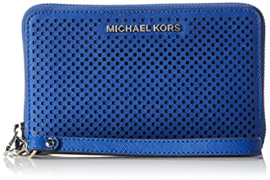 94e5643ff4e744 Image Unavailable. Image not available for. Color: MICHAEL Michael Kors  Women's Jet Set Travel Large Flat MF Phone Case Electric Blue Cellphone Case