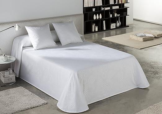 ESTELA - Colcha/Cubrecama Tejido Jacquard LLANES Color Blanco óptico - Cama de 90 cm. - 50% Algodón/50% Poliéster: Amazon.es: Hogar
