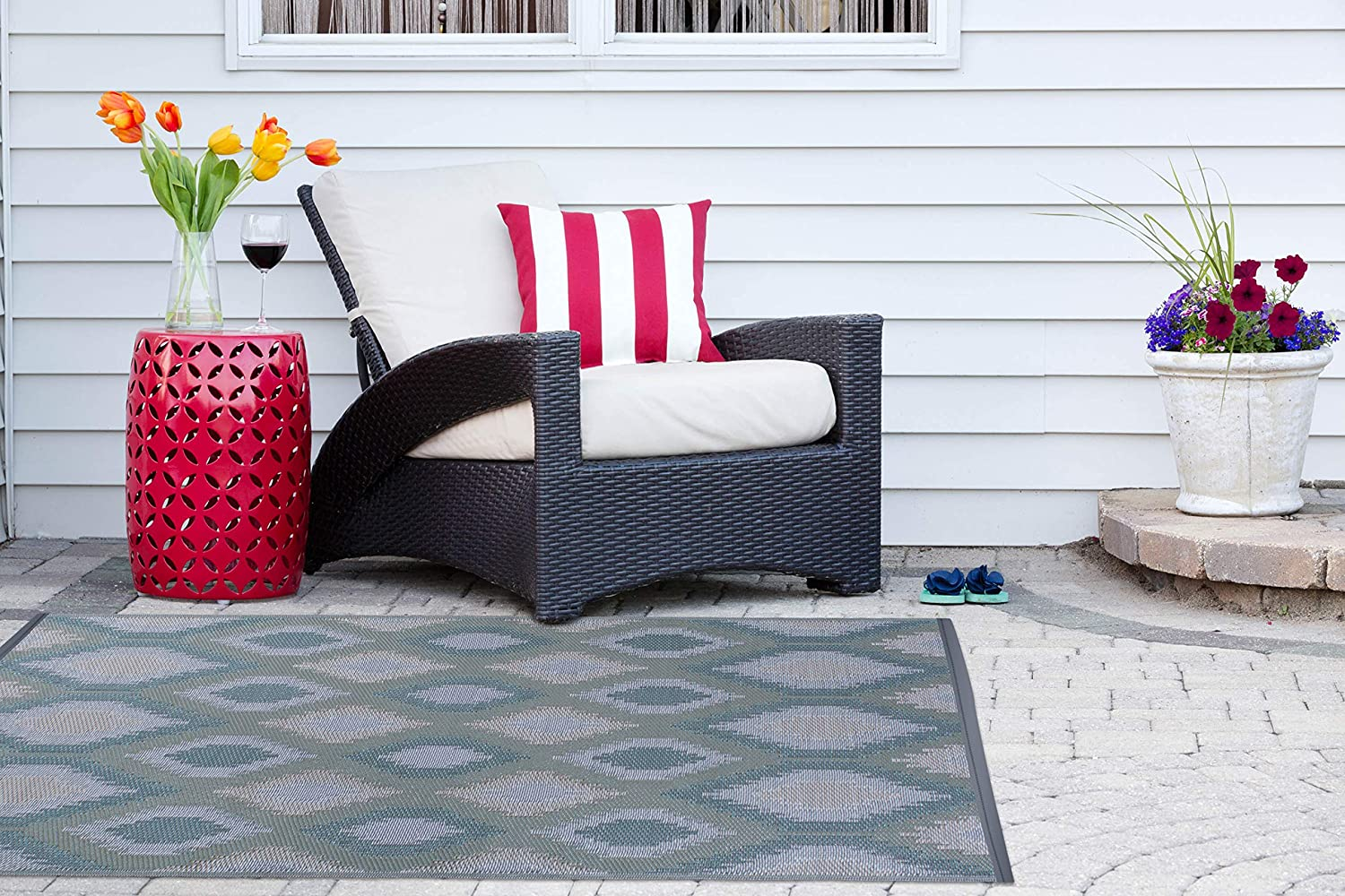 BBQ Blue Ikat 4 x 6 Picnic Beach Camping /& Fade Resistant Area Rug Deck DII Contemporary Indoor//Outdoor Lightweight Or Everyday Use Garage Reversible Use For Patio