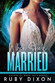 When She's Married: A SciFi Alien Romance Novella (English Edition)