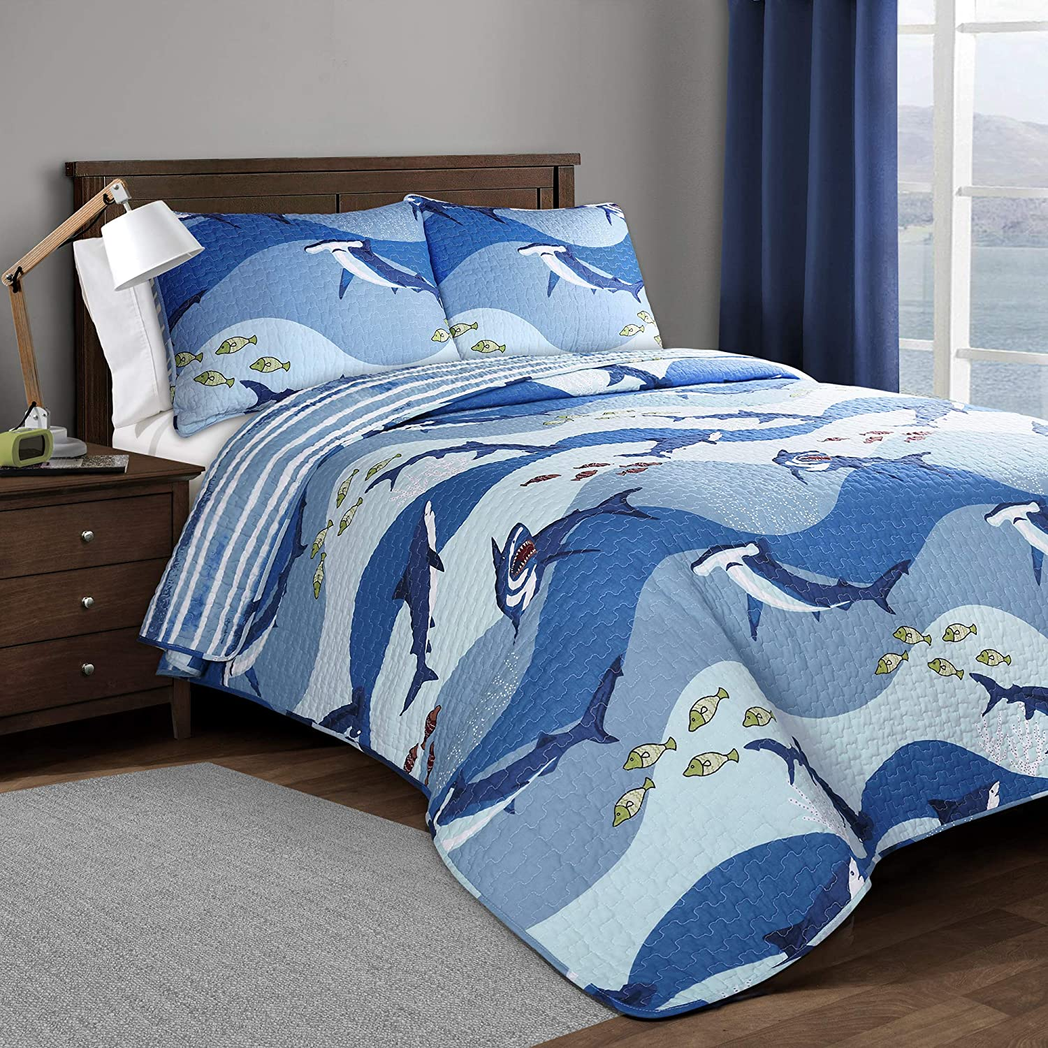 Lush Decor Shark Allover 3 Piece Quilt Set, Full/Queen, Blue