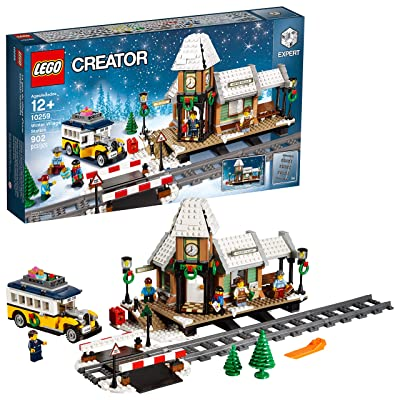 LEGO Creator Expert Winter Village Station 10259 Building Kit: Toys & Games