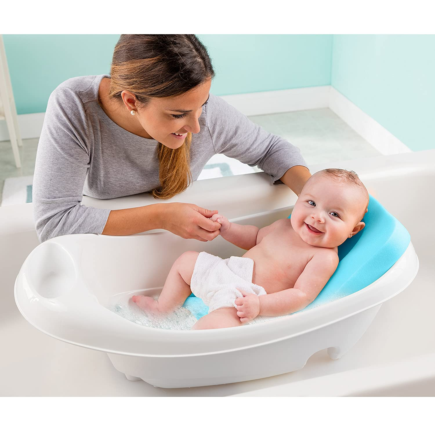 Nice Bathing Baby Gift - Bathroom and Shower Ideas - purosion.com