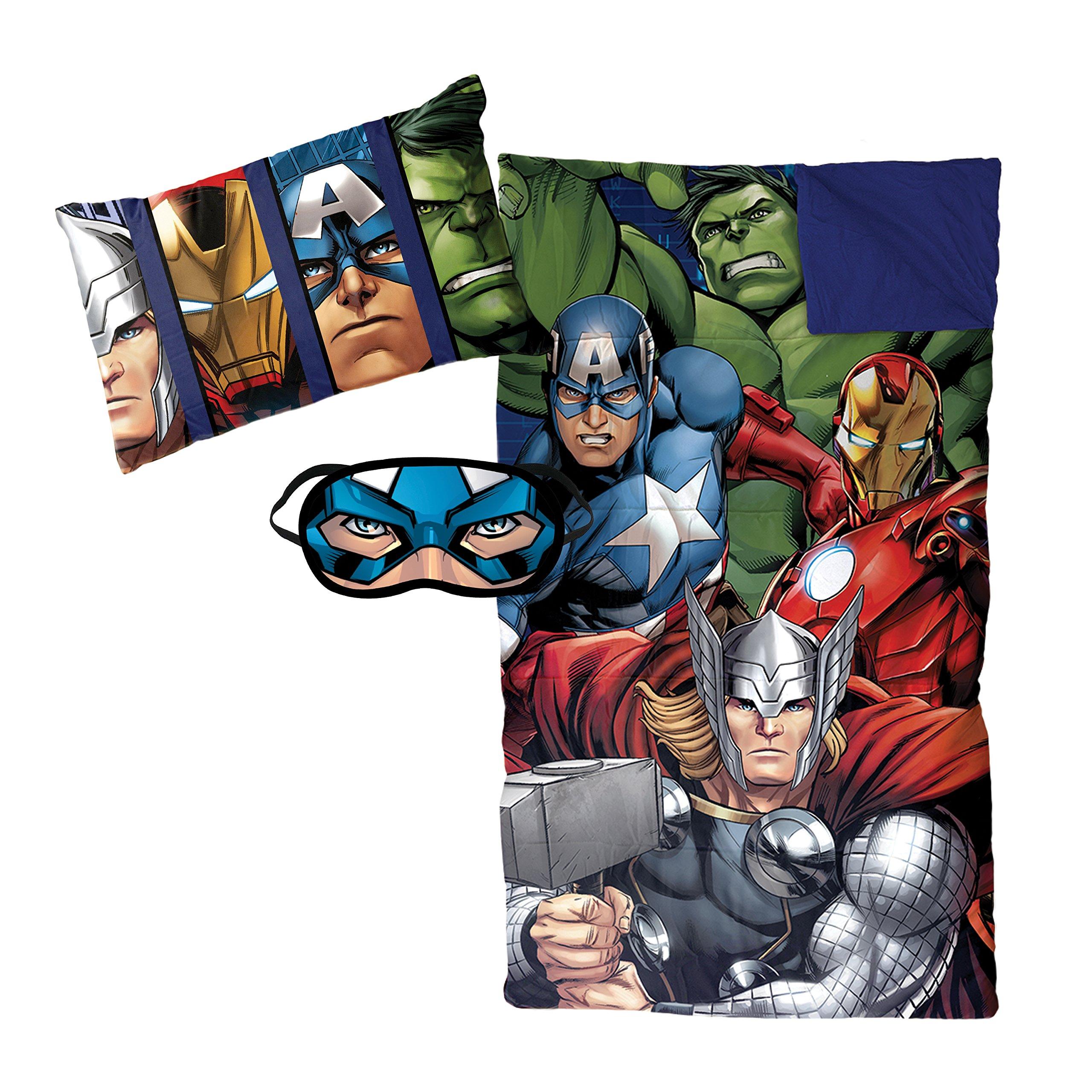 Jay Franco Marvel Avengers Assemble 3 Piece Plush Sleepover Set