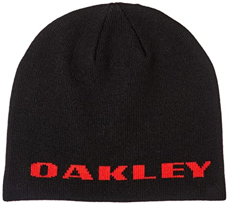 6d621a51b5175 Amazon.com  Oakley Men s Rockslide Beanie Hats