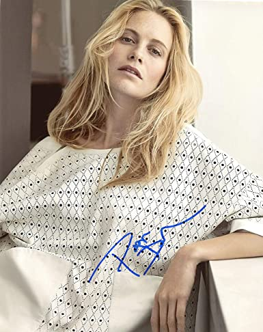 708da1d5588fc Poppy Delevingne AUTOGRAPH Signed 8x10 Photo C ACOA at Amazon's ...