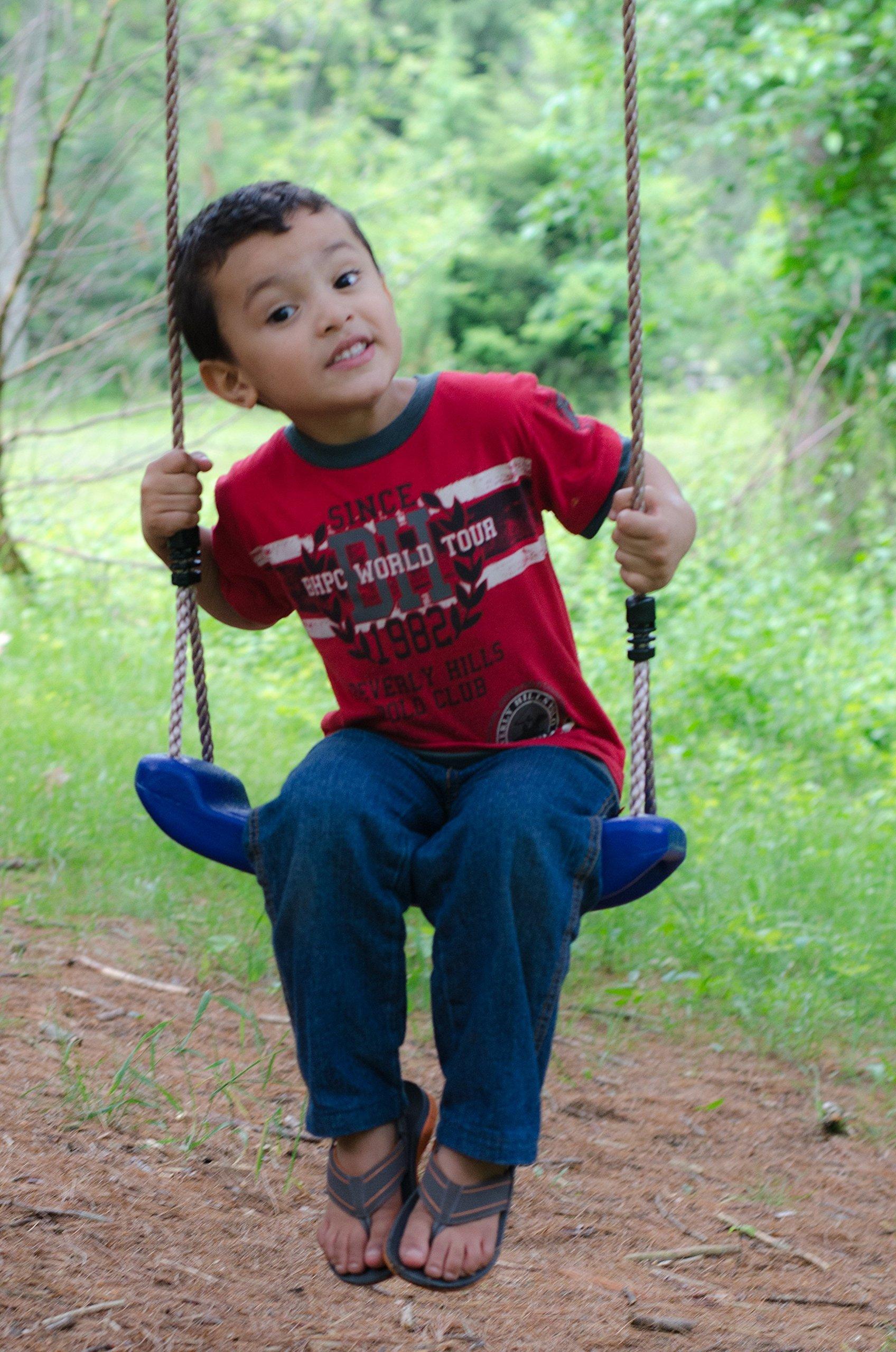 SUMMERSDREAM Rigid Blue Child Swing by SUMMERSDREAM