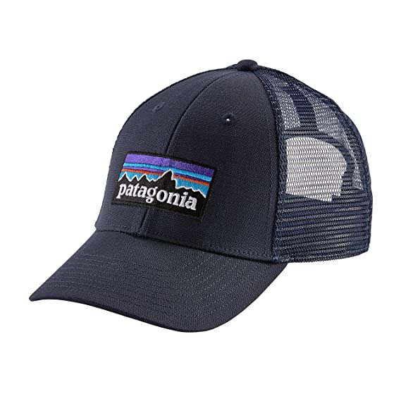 a4055e5471a Patagonia P6 LoPro Trucker Hat (Black) at Amazon Men s Clothing store