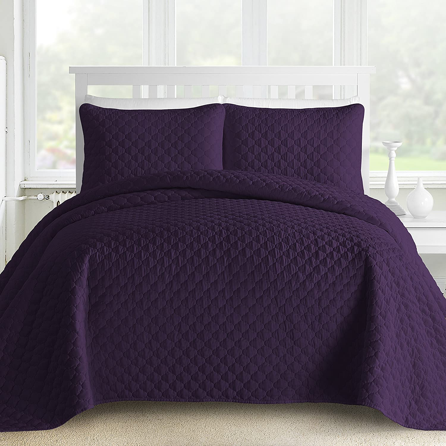 Comfy Bedding 3-Piece Bedspread Coverlet Set Oversized and Prewashed Lantern Ogee Quilted, Cal King, Plum