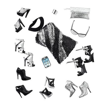 c2f1c282e4 Amazon.com  Barbie Collector Basics Accessory Pack Look  03 ...