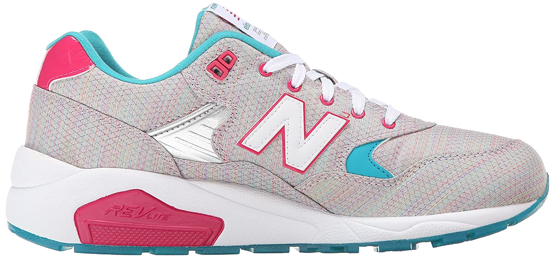 Amazon.com   New Balance Women s WRT580 Classic Running Sneaker   Road  Running ca354e4ffdd0