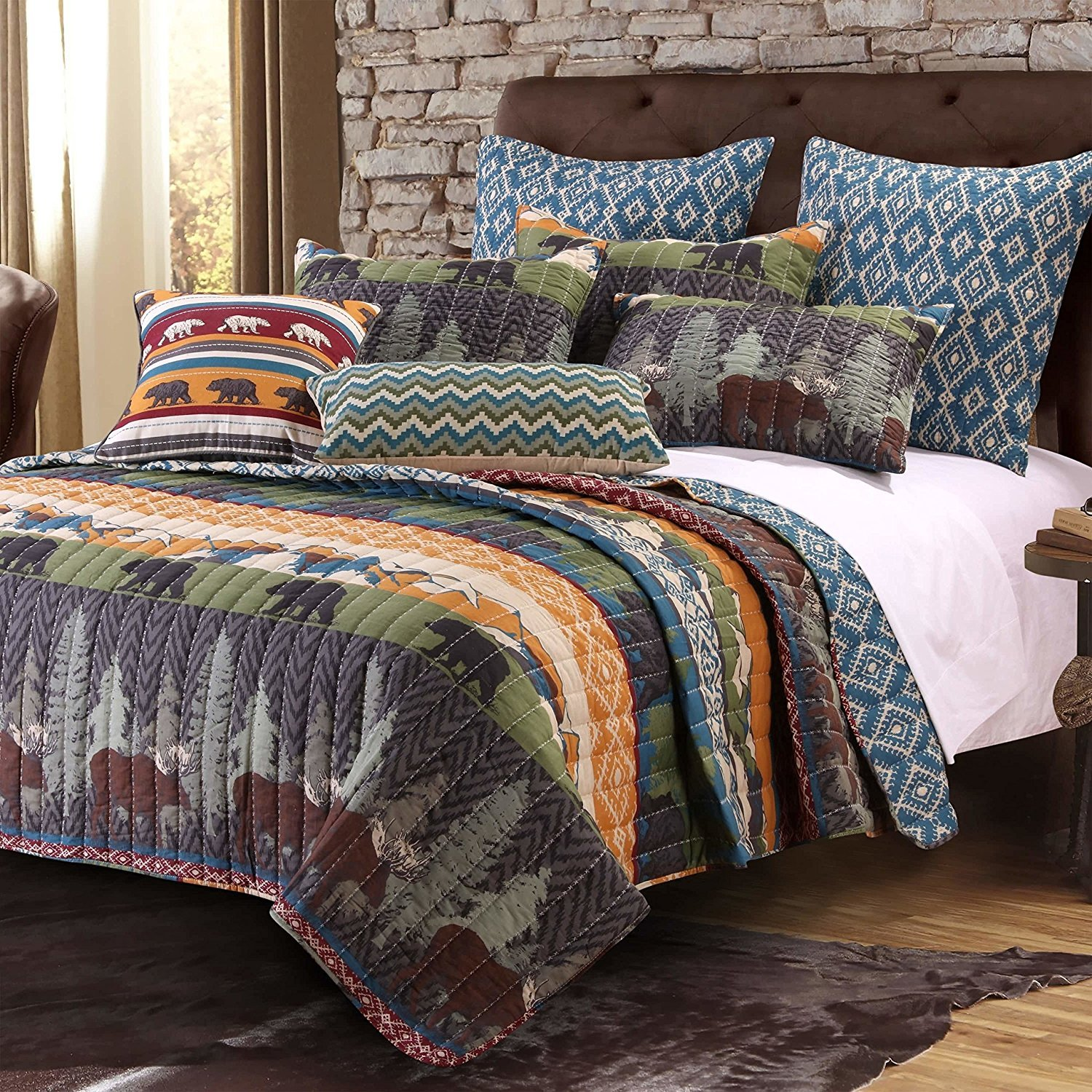 3pc Brown Lodge Theme Full Queen Quilt Set, Cotton Polyester, Rustic Animal Hunting Country Southwest Pine Trees Cabin Bedding Woods Horizontal Stripes Medallion Geometric Pattern