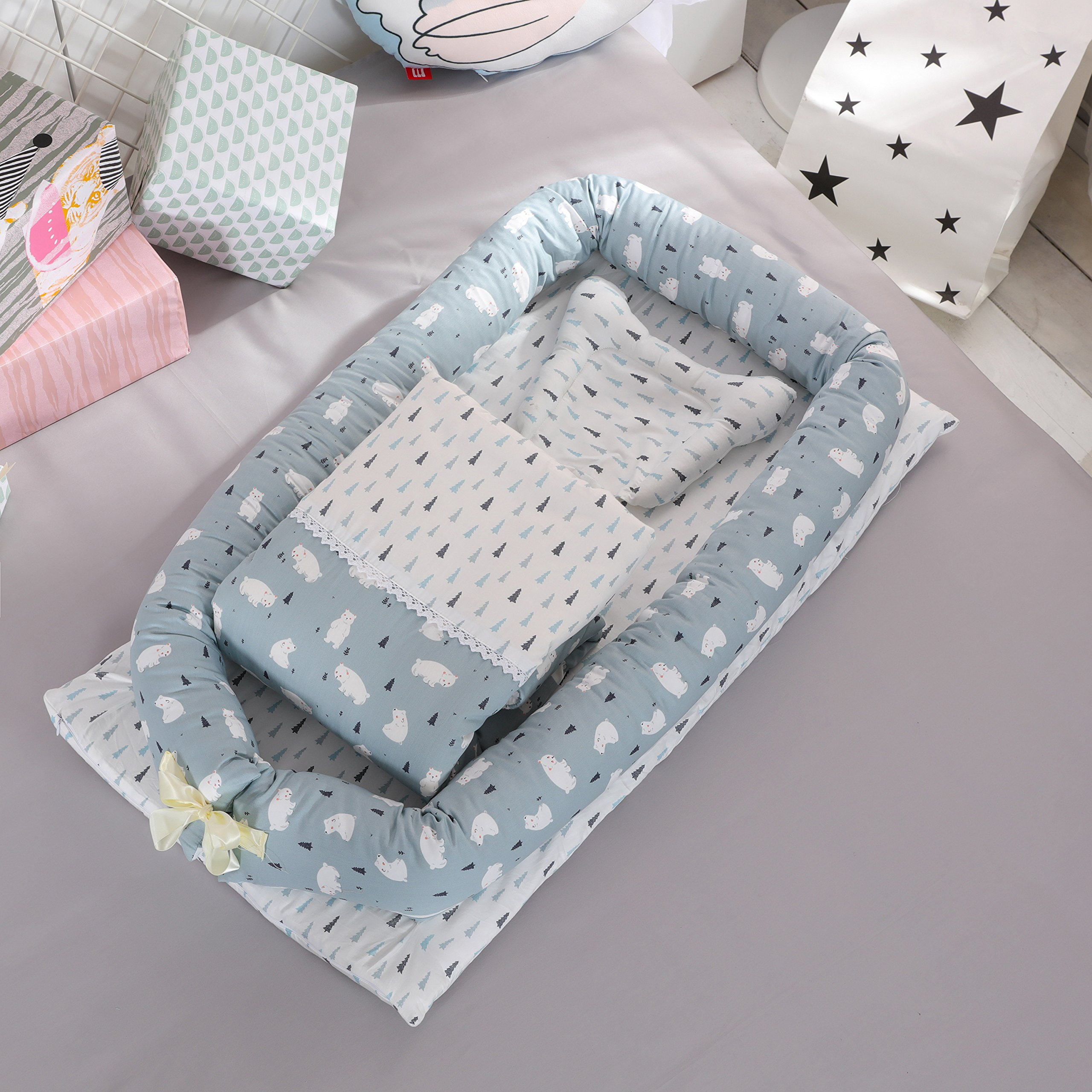 Toys Studio Baby Bassinet for Bed Portable Baby Co-Sleeping Cribs & Cradles Lounger Cushion 100% Cotton Breathable and Hypoallergenic Travel Infant Bed for Newborn 0-24 Months (Bear)