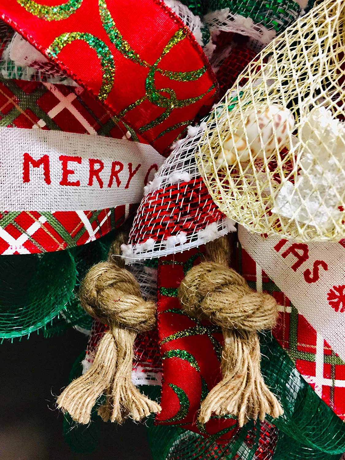 Made with Weatherproof Fabric Measures 20x20x6 Very Full Coastal Christmas 18 Santa Claus Wreath Holding a Starfish /& Bag of Shells Wreath has Nautical Knots /& Red Ball Ornaments