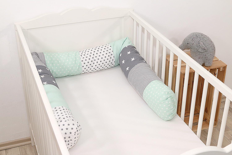 Cojín protector para cuna de ULLENBOOM ®, cojín chichonera en forma de serpiente menta gris (ideal para proteger al bebé de los barrotes de la cuna o como cojín de apoyo)