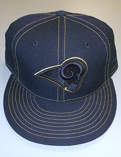 16a4c237740 Amazon.com   Reebok ST. LOUIS RAMS Fitted Flat Bill Hat - Size 7 ...