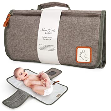 diaper pouch and changing pad traveling changing mat with diaper clutch waterproof Baby shower gift set for girls gift for new mom