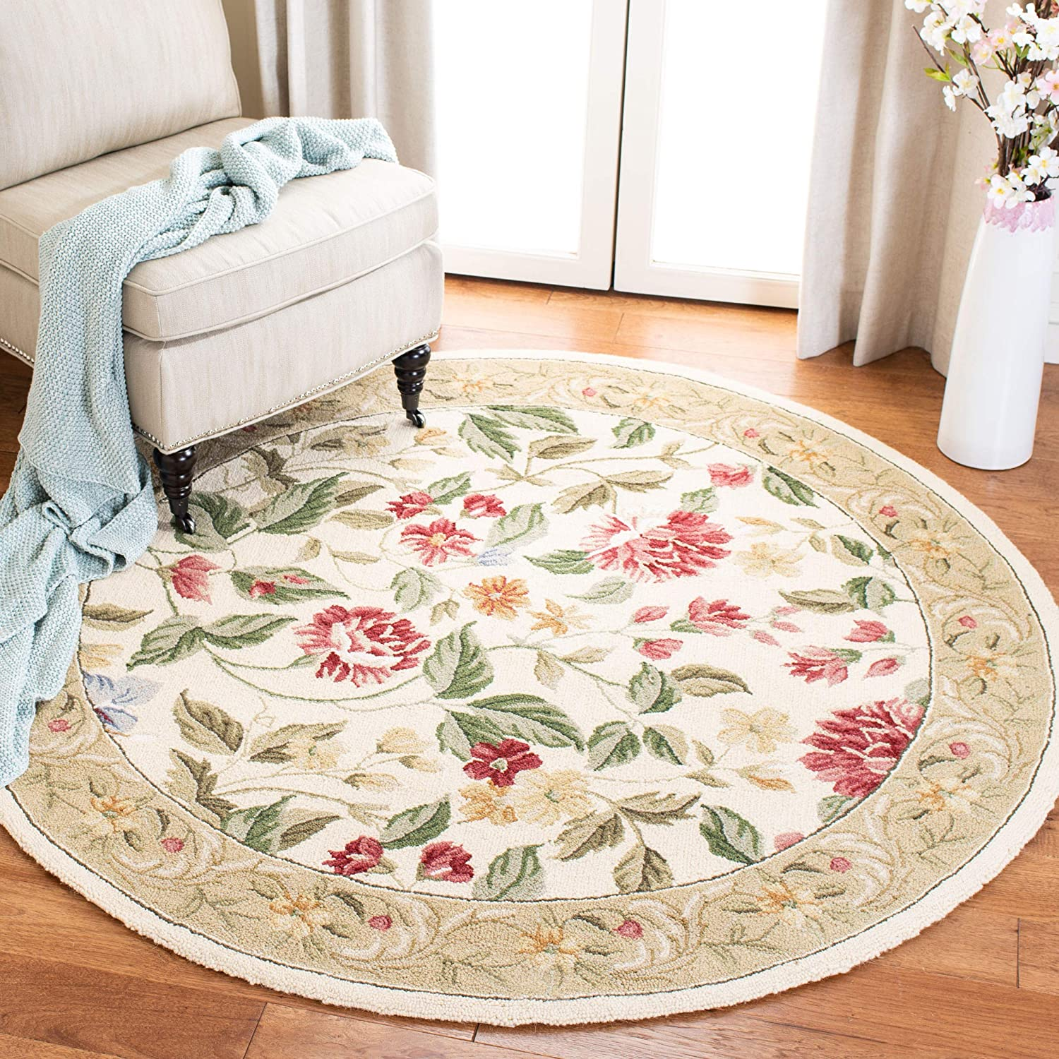 Safavieh Chelsea Collection Hk117a Hand Hooked French Country Wool Area Rug 8 X 8 Round Ivory Beige Furniture Decor Amazon Com