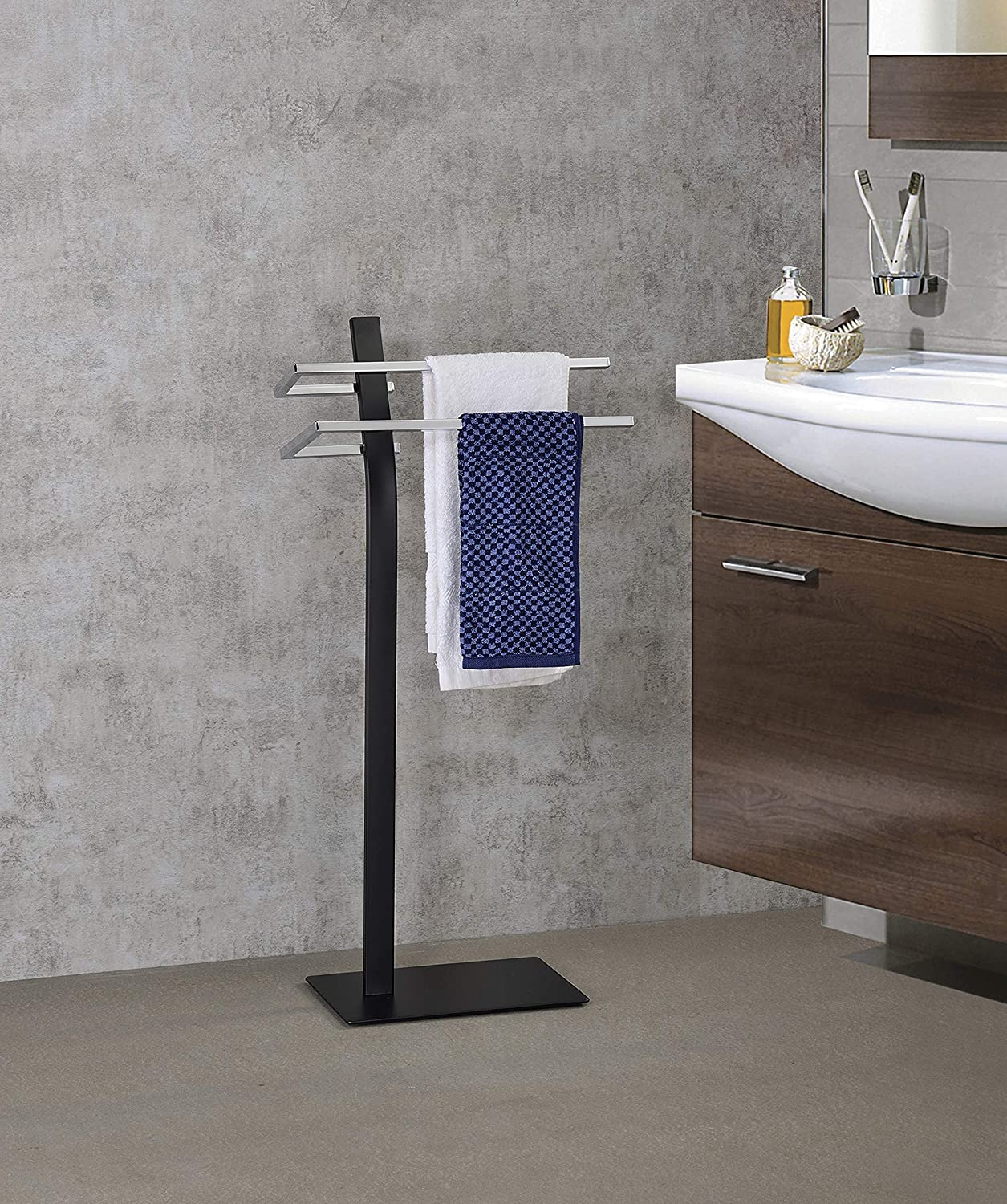Kings Brand Furniture - Sierra Metal Freestanding Bathroom Towel Rack Stand, Black/Chrome