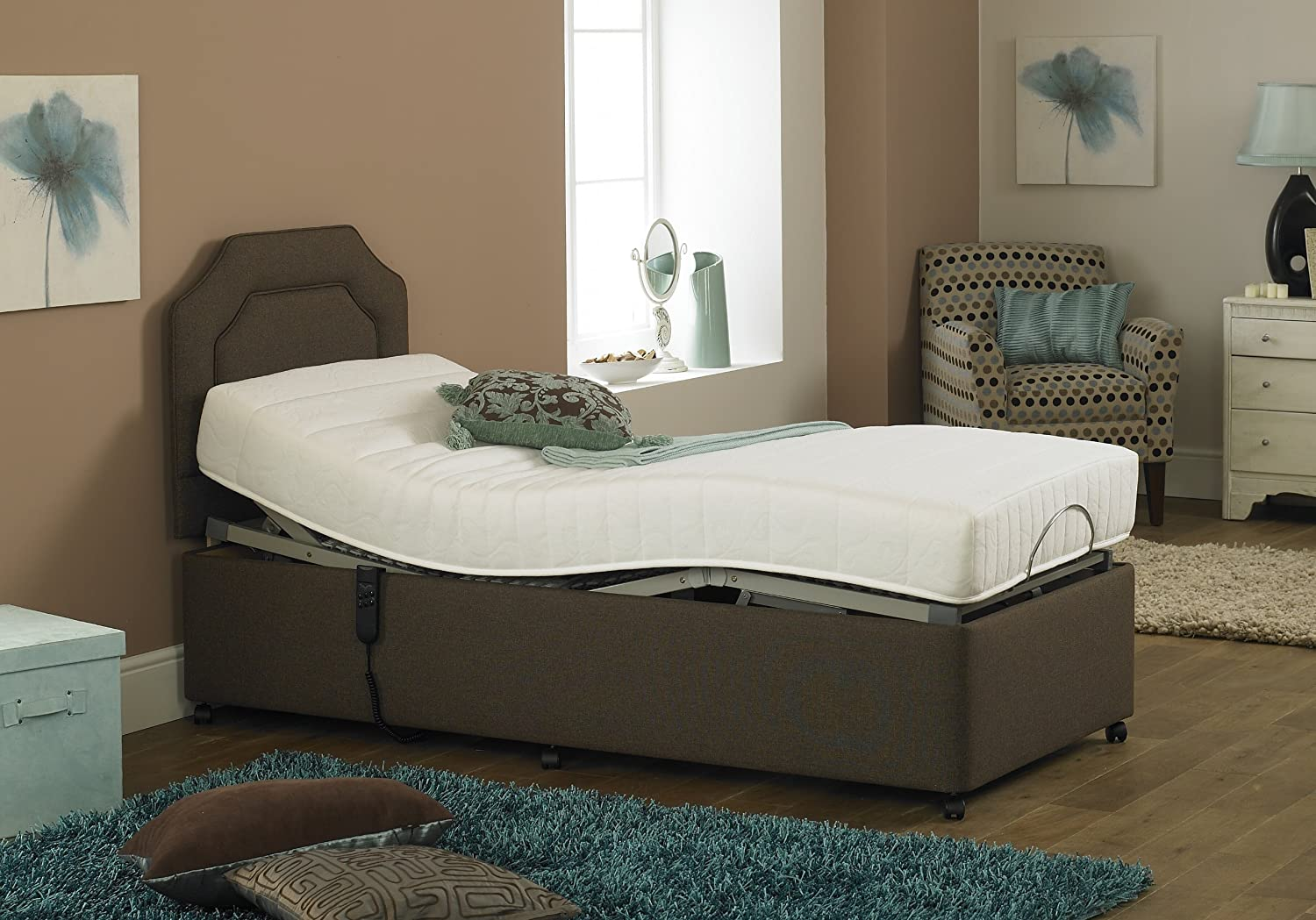 Imperial Opulence Bed with Memory Foam Mattress