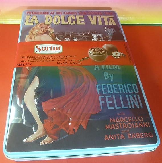 Caja Cinema Mixta De Bombones De Praline De Chocolate Con Leche Rellenos De Crema De Avellanas