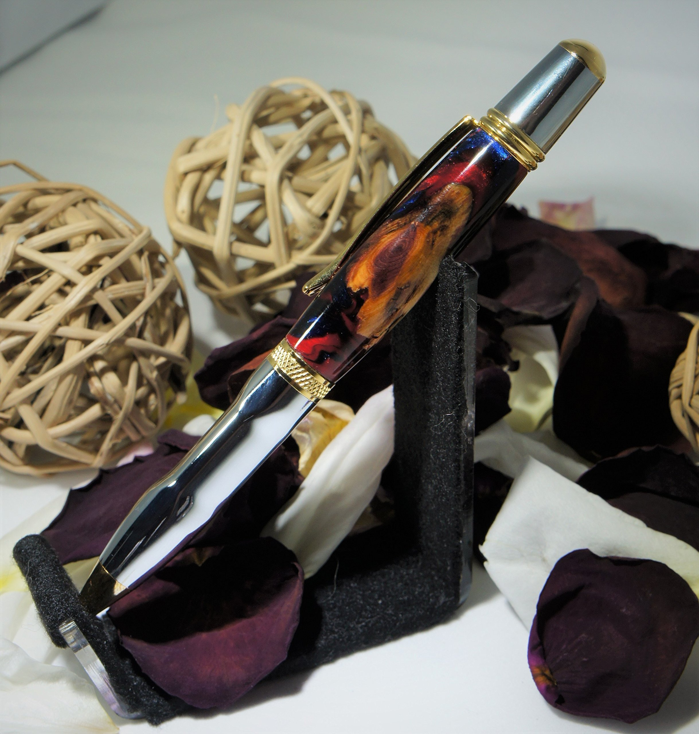 Earth Series - Luxury Wood & Resin Hybrid Pen with Grip Countour