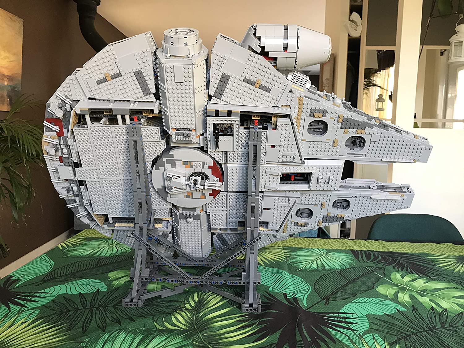 POXL Vertical Stand for (Millennium Falcon) Modelos - Display ...