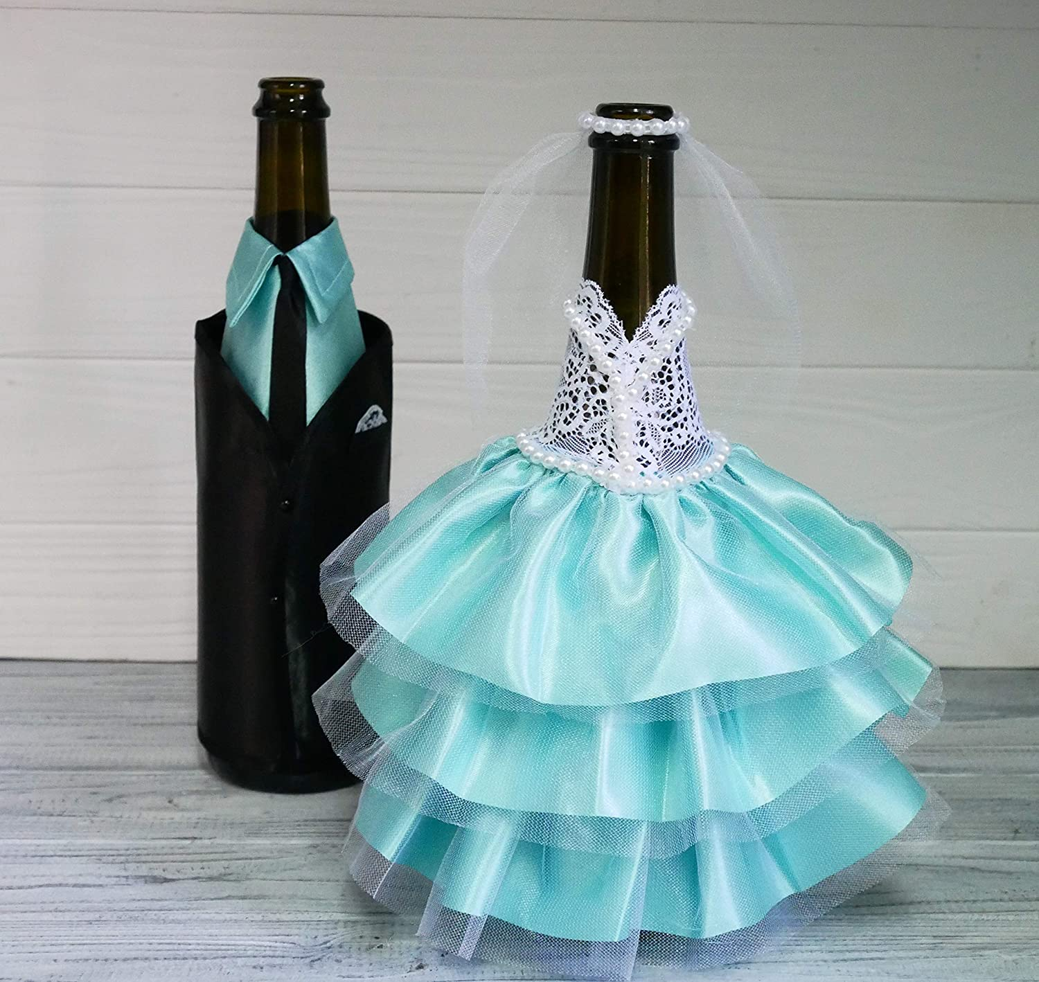 Buy Bride and Groom Wine Bottle Covers - Wine bottle dress-up for Weddings  - Wedding Gifts For the Couple - Fun Wine Bottle Covers - Wedding  Centerpieces Decorations - Wine décor - wine accessories (mint) Online at  Low Prices in India - Amazon.in