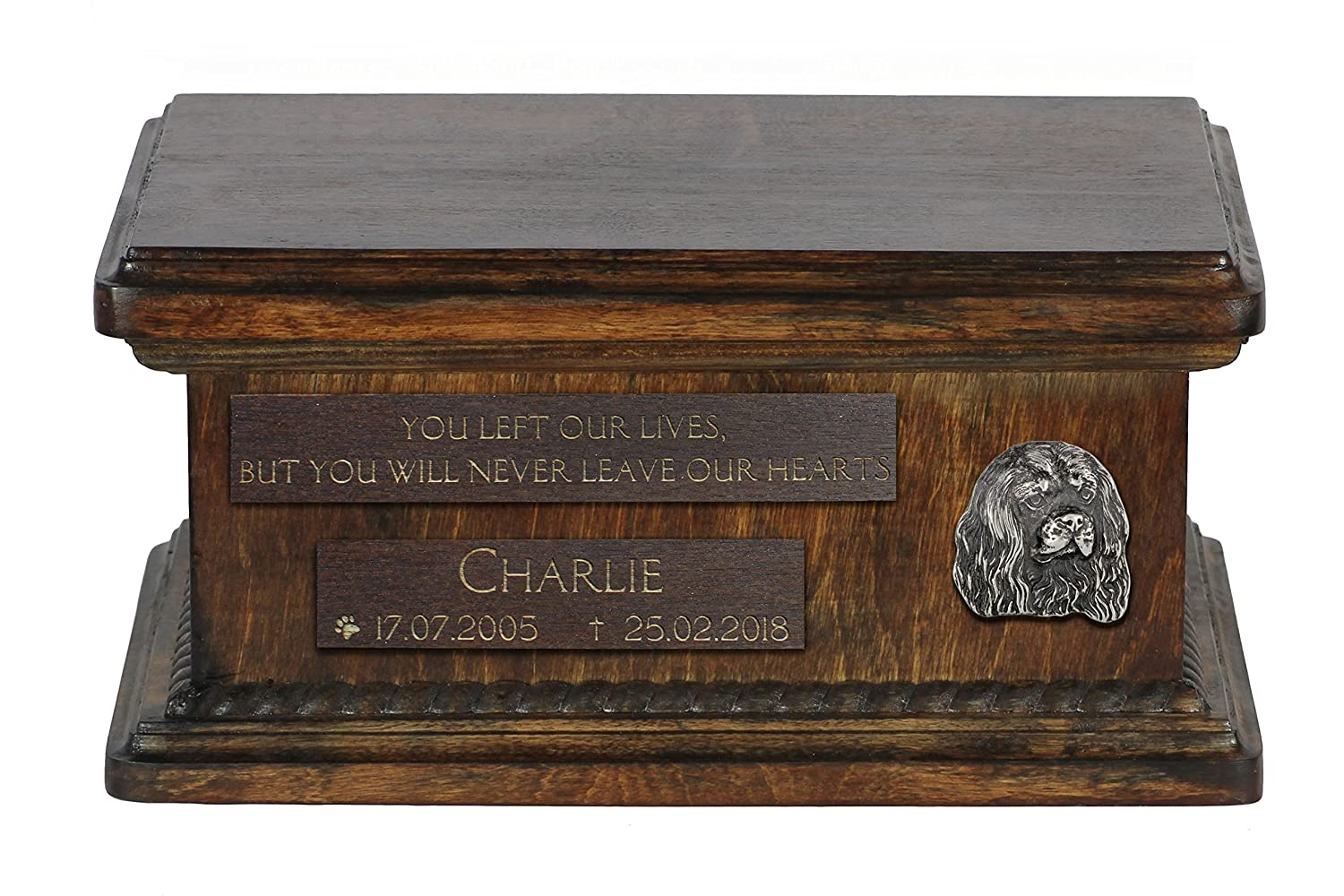 ArtDog Ltd. Cavalier King Charles Spaniel, urn for dog's ashes with relief and sentence with your dog name and date