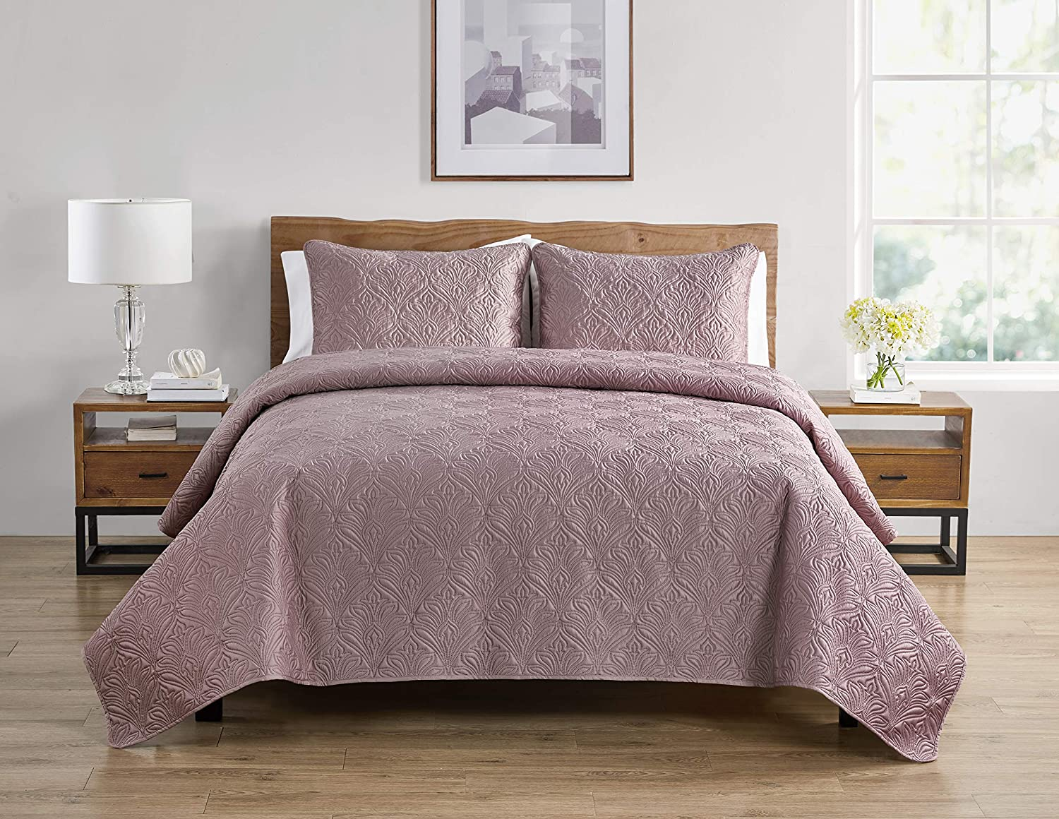 Tahari Home | Wendy Bedding Collection | Luxury Premium Ultra Soft Quilt Coverlet, Lightweight Comfortable 3 Piece Set, Elegant Modern Embossed Charmeuse Print, Full/Queen, Rose