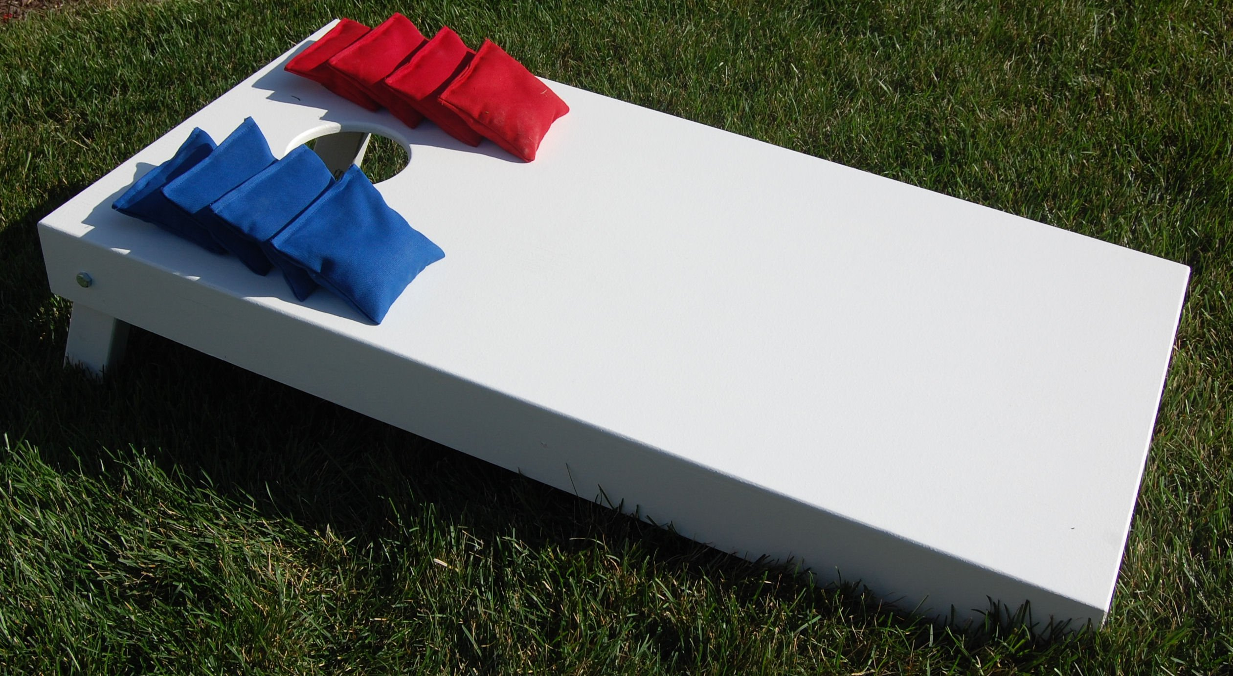White 4x2' Regulation Cornhole Set (Bags Included) from SC Cornhole Games (White)