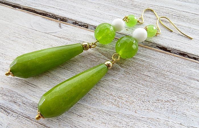 a2f8c82e509a Pendientes de jade verde y agata blanca