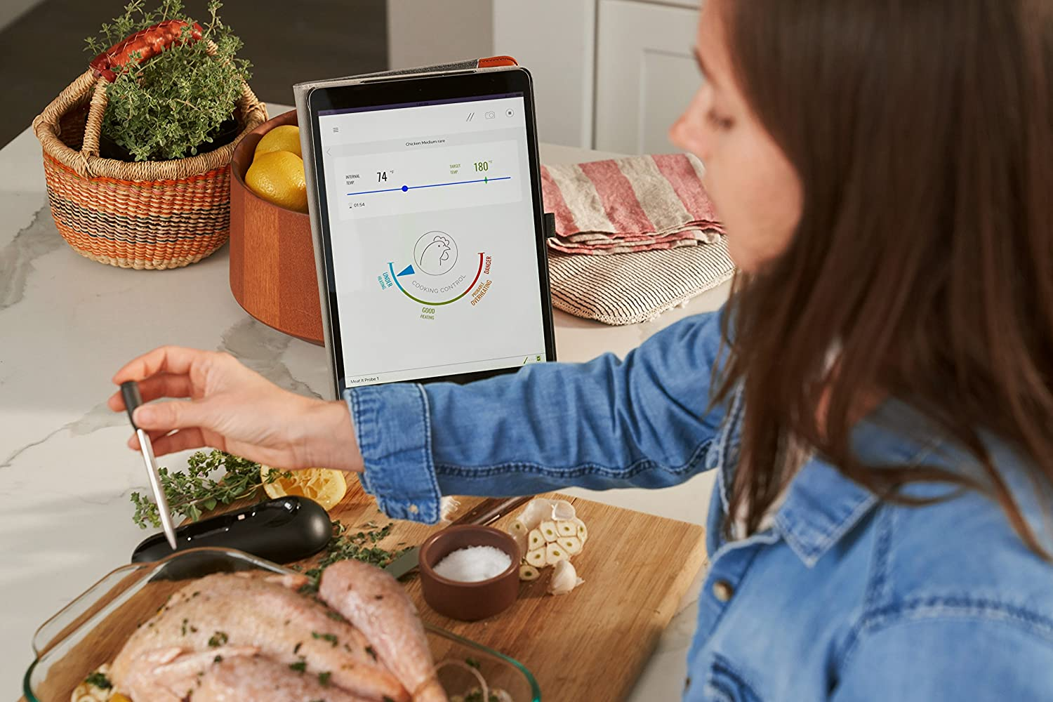 2.1 Meat it Wireless Grill and BBQ Sensor BLACK Mastrad MeatIT Thermometer Connects Via Bluetooth to Free Cooking App