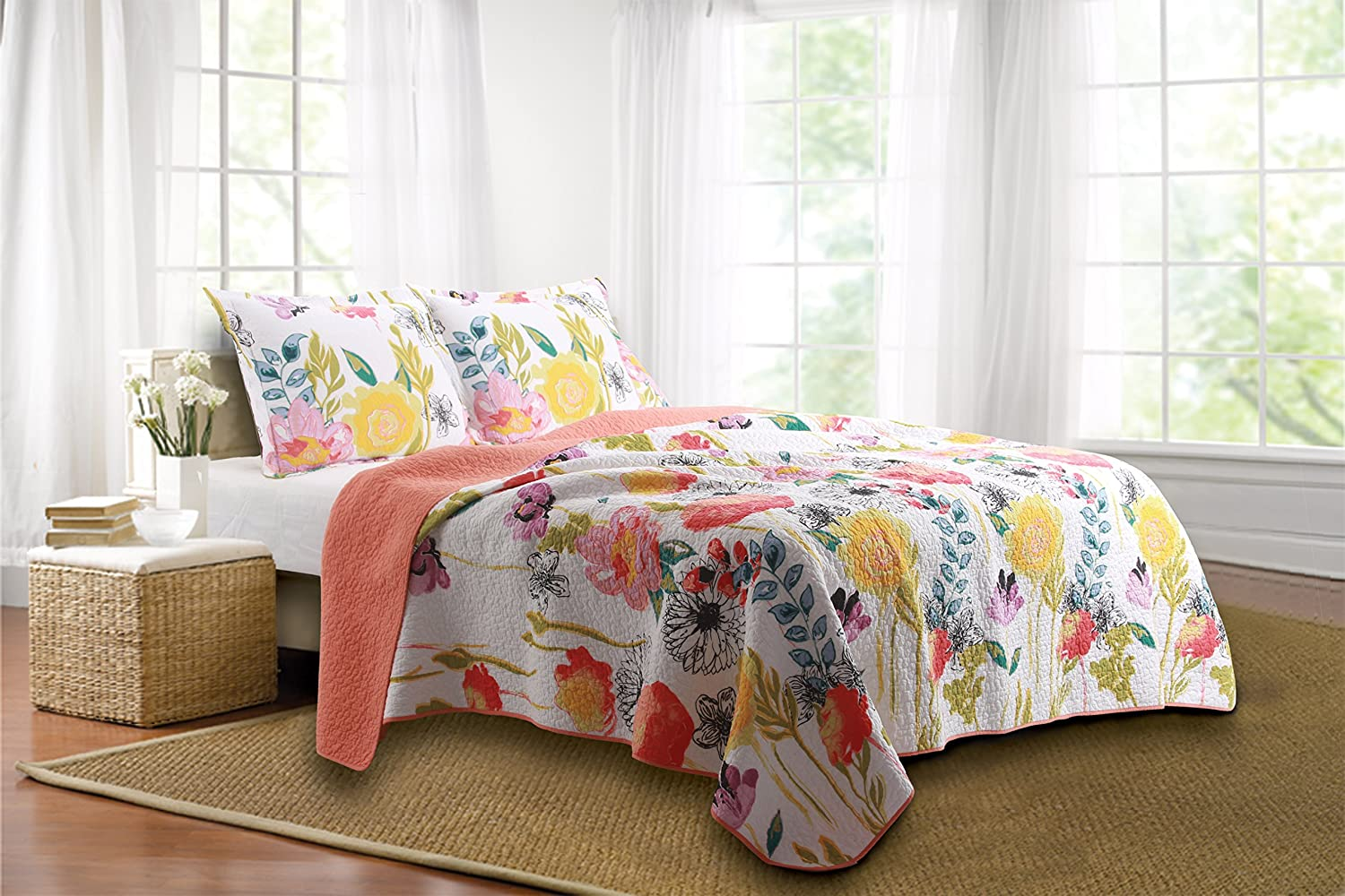$96.51(was $187.19) Greenland Home 3-Piece Watercolor Dream Quilt Set (King Size)