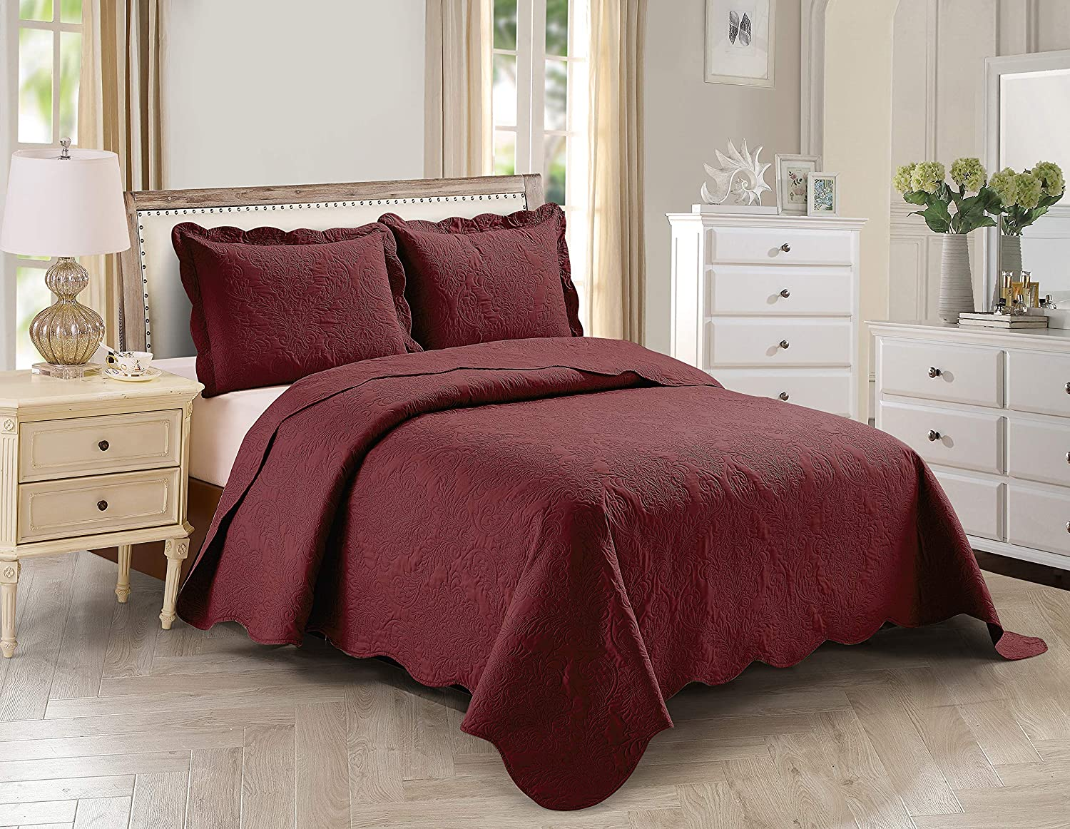 Home Collection 3pc Full/Queen Over Size Elegant Embossed Bedspread Set Light Weight Solid Burgundy New