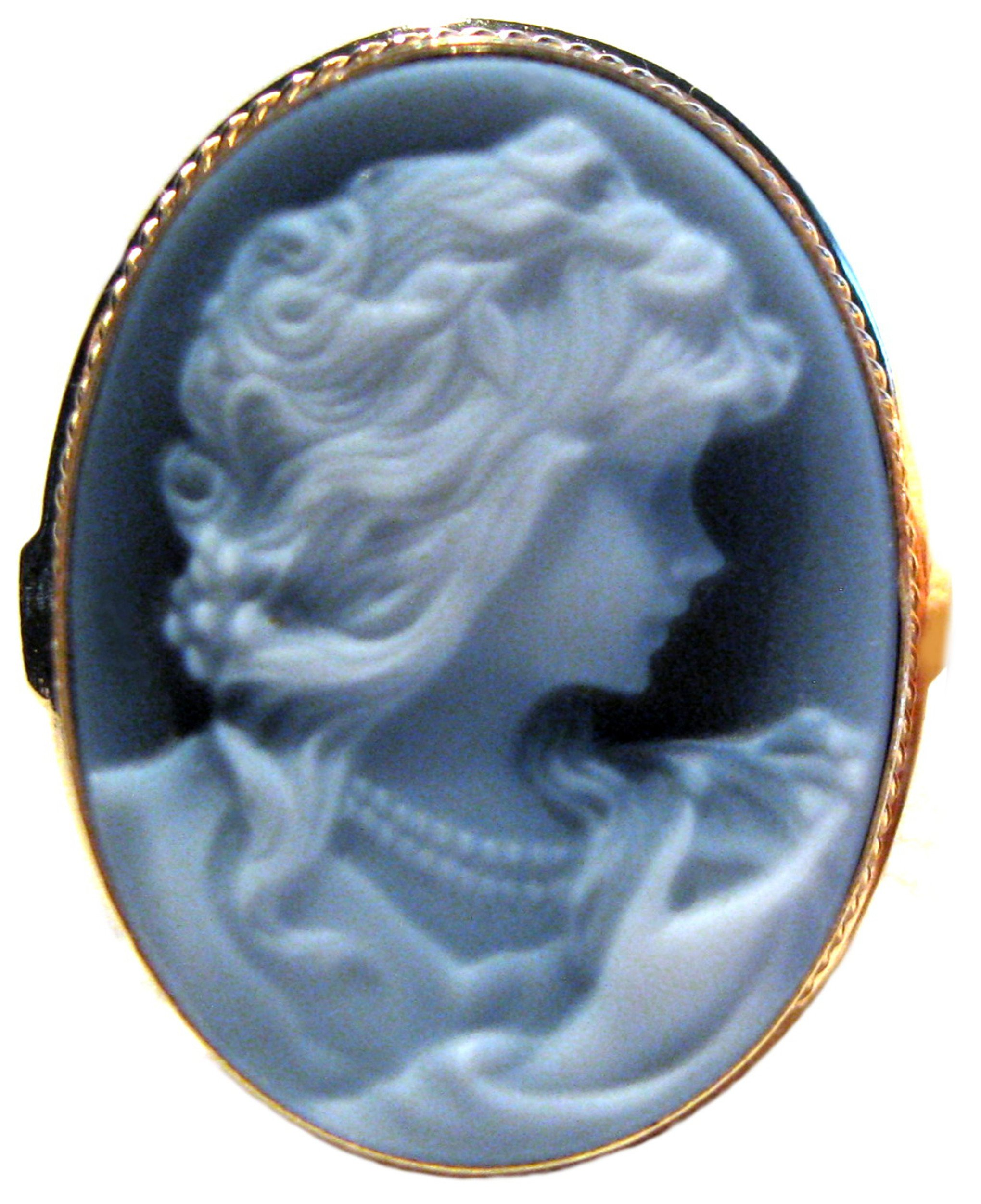 Cameo Ring Agate Stone Laser Carved, Summer Dream, Sterling 18k Gold Overlay Size 8.25 Italian
