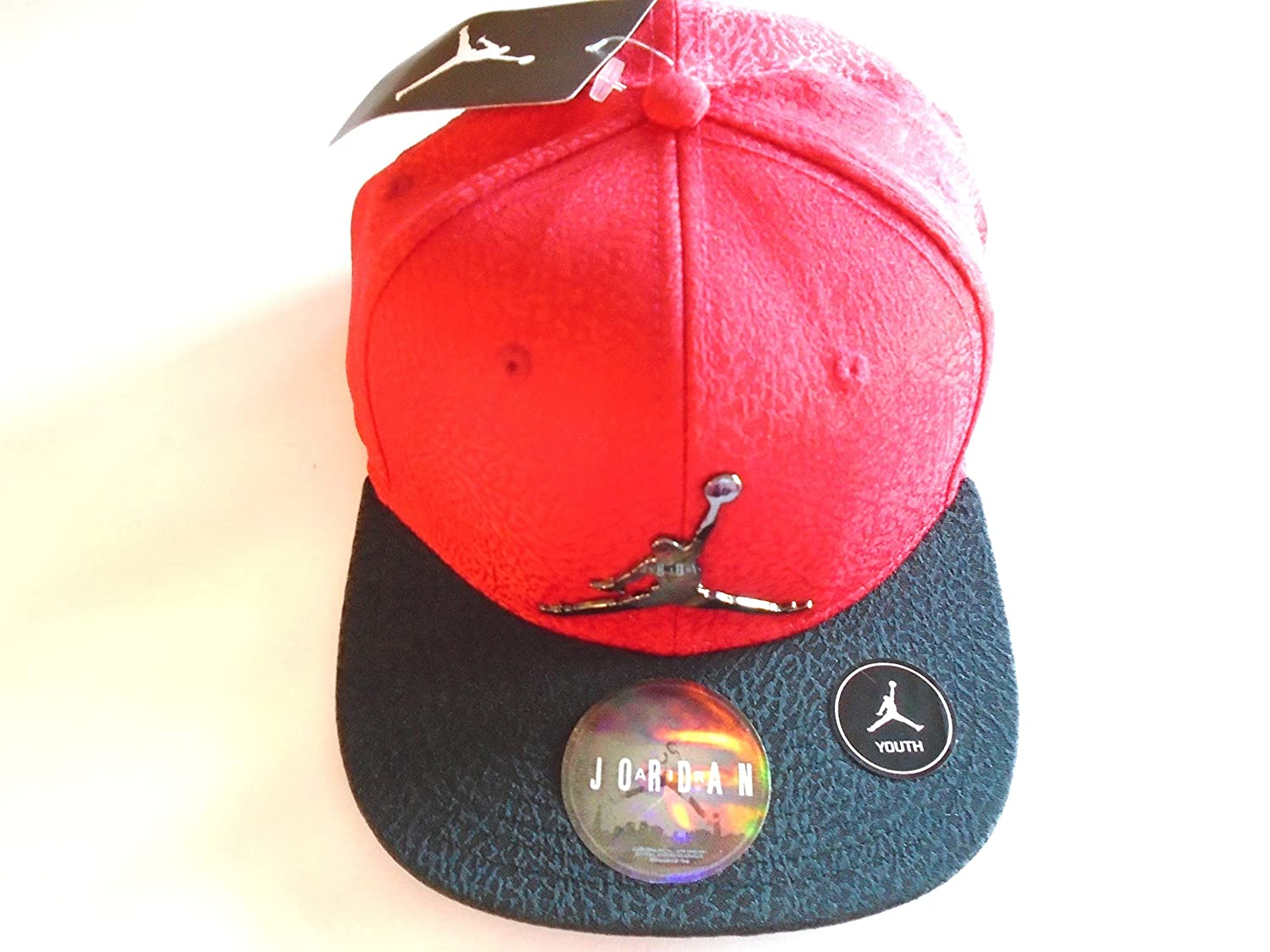 3c74e7c4a8c Amazon.com  Nike Michael Air Jordan Elephant Print Snapback Cap 8-20 Hat  (Bull s Red Black with Iconic Metallic Silver Air Illusion Logo)  Baby