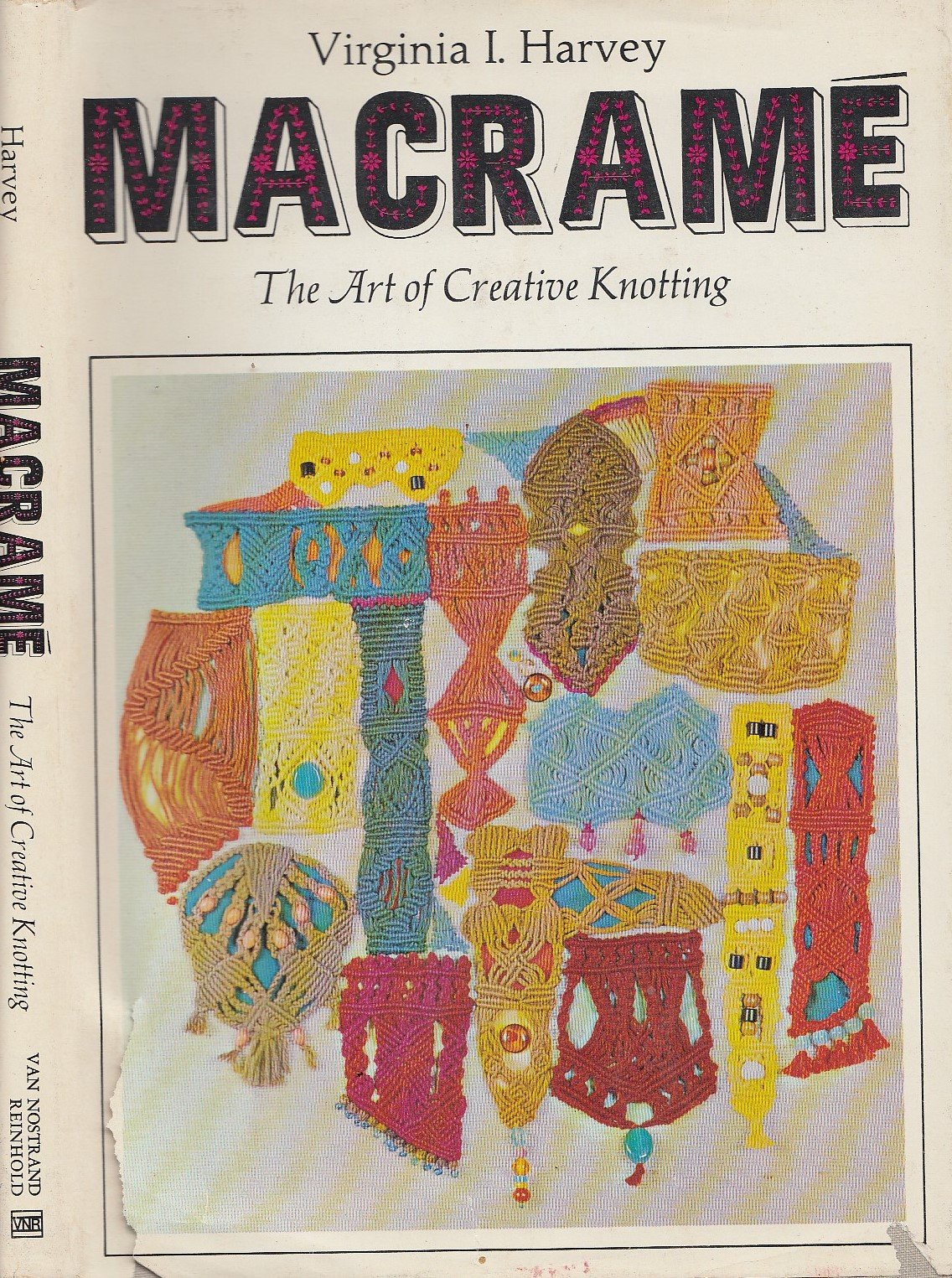 Macrame: The Art of Creative Knotting