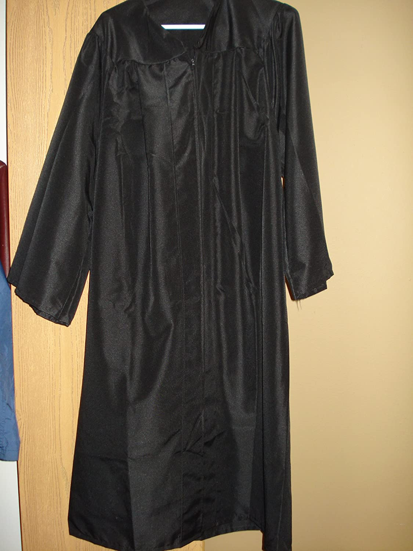 Amazon.com : Herff Jones Black Bachelor Cap and Gown : Other ...