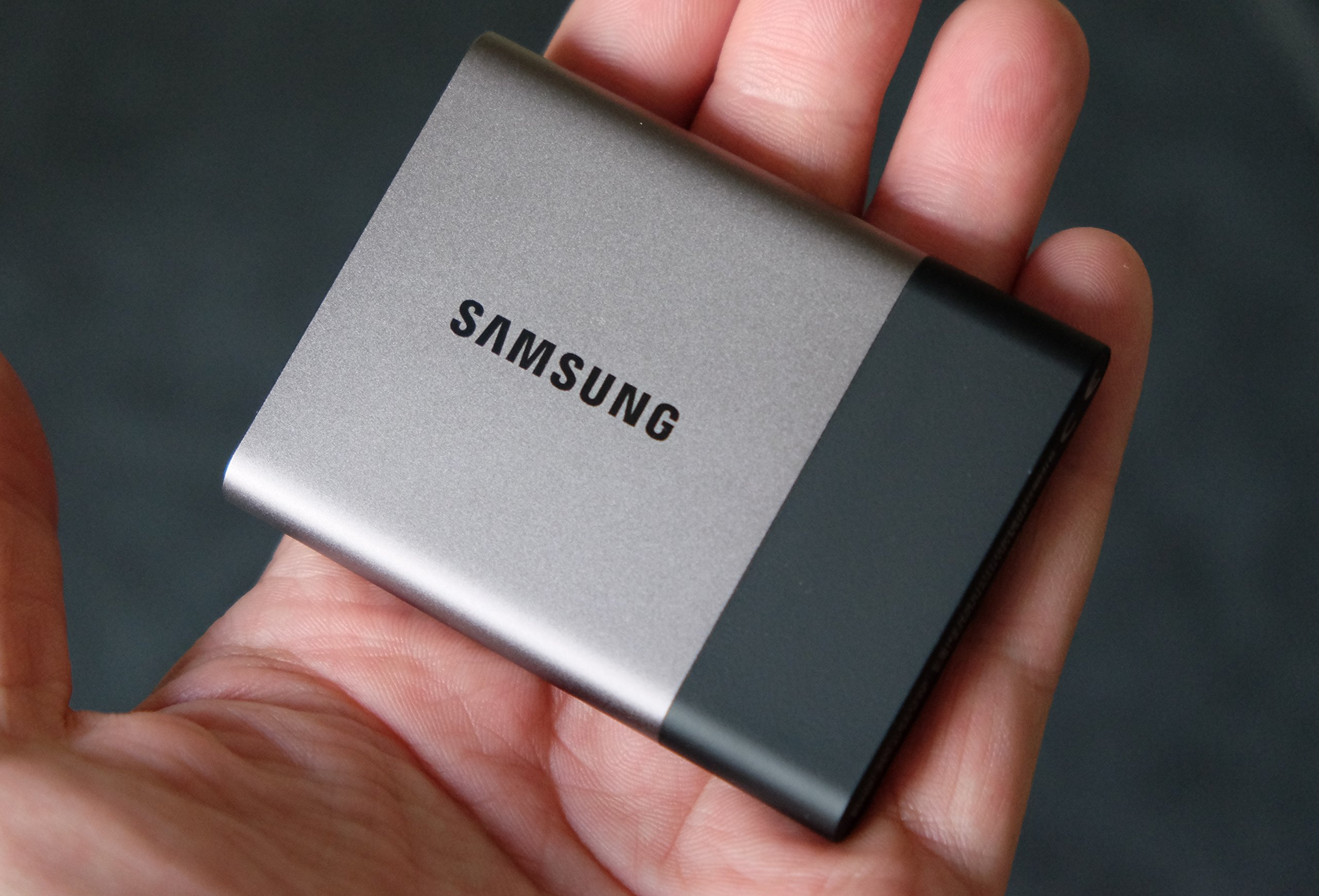 Samsung T3 Portable SSD - 250GB - USB 3.1 External SSD (MU-PT250B/AM) (Renewed) by Samsung (Image #4)